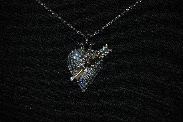 桶川市ダイヤモンド買取