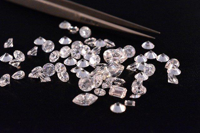 いしダイヤモンド買取